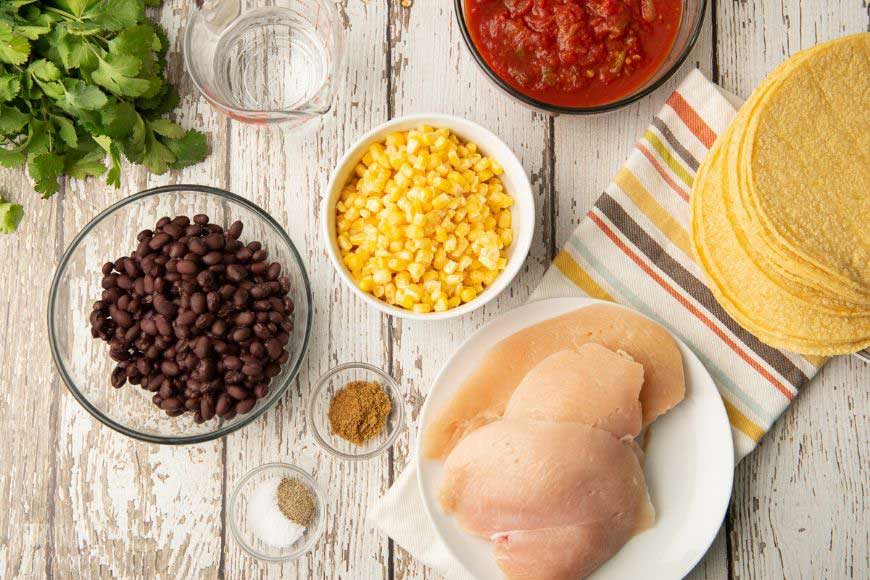 ingredients for slow cooker chicken tacos