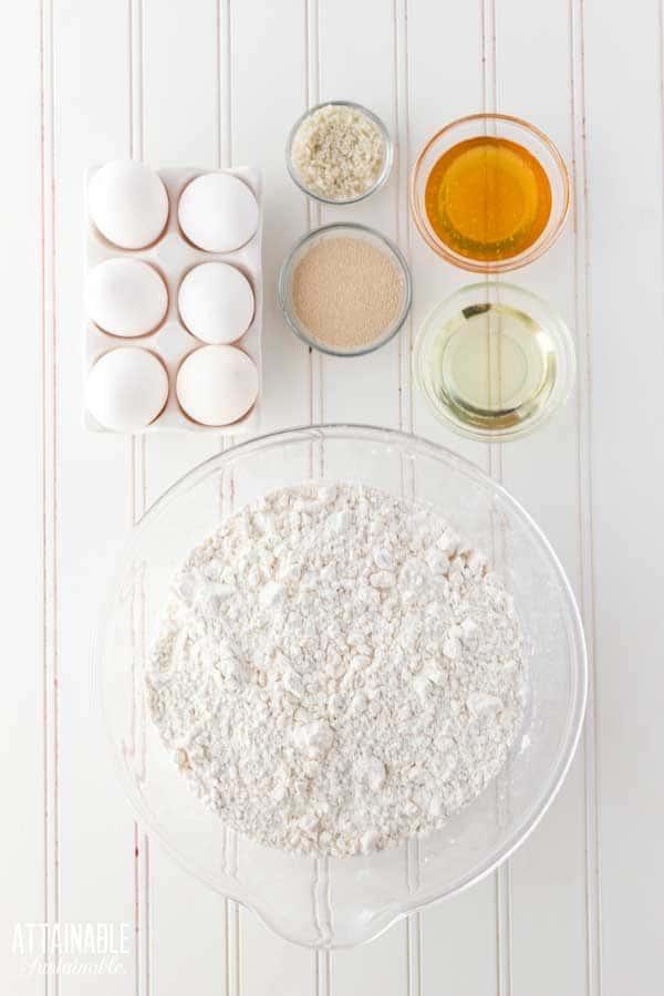 ingredients for sandwich bread loaf