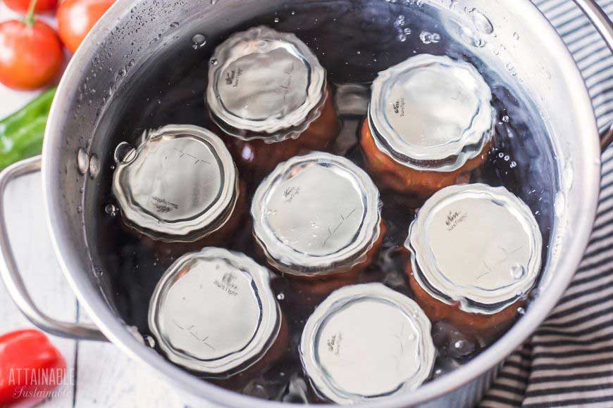 7 canning jars in a water bath canner
