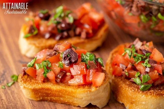 tomato mixture on toasts