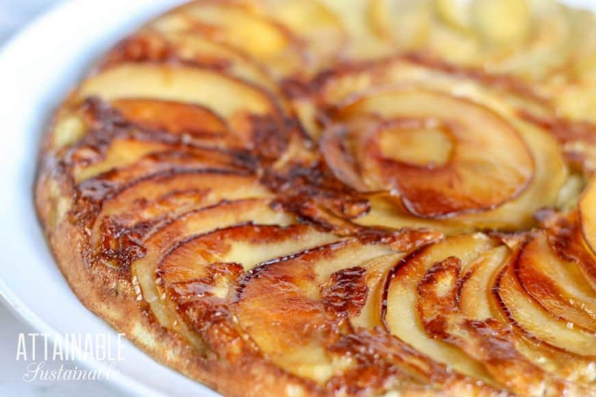 cooked apple dessert