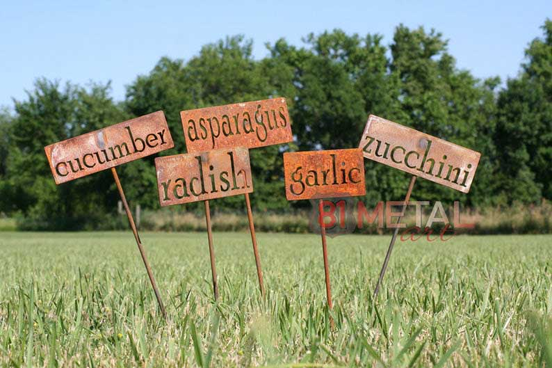 fun rustic garden signs (great gift!)