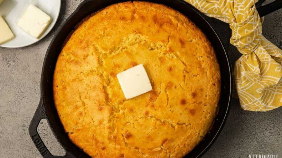 SKILLET CORNBREAD FROM ABOVE